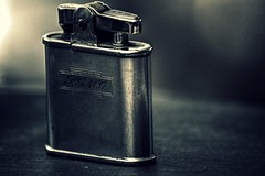 PGMG (Steve.T.) Tags: lighter ronson ronsonwhirlwind tobacciana smoking smoker nikon d7200 sigma70300 macro pgmg inscribed inscription cherished personalbelonging personaleffects retro antique old oldfashioned collectable cigarettelighter bokeh