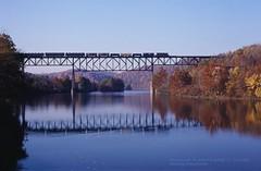 SRR 3208-NW 4112, WJ01, Banning, PA. 10-10-1986 (jackdk) Tags: train railroad railway locomotive emd emdsd40 emdsd402 sd40 sd402 southern srr nw pwv wheeling wheelingandlakeerie youghiogheny youghioghenyriver river bridge trestle banningpa fall fallcolor freighttrain highhood standardcab