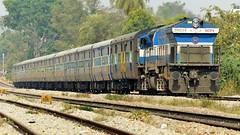 KJM WDP-4 20034 leading 56228 Shivamogga KSR Bengaluru Passenger (sriguru05) Tags: railfanning raildrishti indianrailways locomotive trainspotting railroad train engine diesel track kjm emd wdp4
