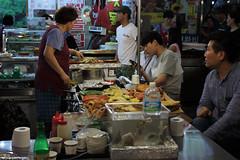 IMG_6764_RAW (jeremy!) Tags: seoul korea southkorea dongdaemun canoneosrebelt1i canon1740mm dongdaemunnightmarket