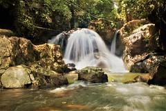 (Unoqueponeaca) Tags: colombia paysage paisaje ceda san rafael antioquia agua río cascada bosque arroyo