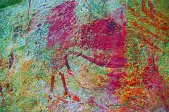 DSC05196 - BONGANI Spot 2_yxx (HerryB) Tags: 2017 southafrica afrique afrika sar sonyalpha77 sonyalpha99 tamron alpha bechen fotos photos photography sony herryb mpumalanga rockart rockpaintings peintres rupestres san zeichnungen höhlenmalerei paintings bushmen buschmänner dstretch harman jon jonharman enhance falschfarben restauration bongani lodge mountain bonganimountainlodge spot2