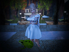 So You Come Here Often? (Sparkle Mocha) Tags: frog toad updo blonde strawberry mandala exile hilly haalan malaika park sim maitreyla avatar avie secondlife h