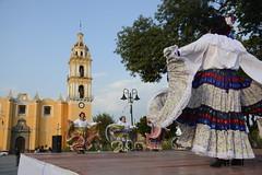 danza flolklorica de casa del abue (4) (Gobierno de Cholula) Tags: que chula cholula danza danzapolinesia danzasprehispánicas libro