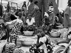 Be there... or not.. (VinZo0) Tags: africa afrique benin people black white gens market there marché pensee thinking arbre tree exterieur life