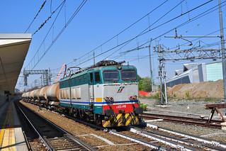E655.490 Mercitalia Rail MRV 50613 Verzuolo -  Massa Zona Industriale in transito a Torino Lingotto