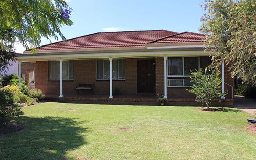 8 Jacaranda Avenue, Leeton NSW 2705