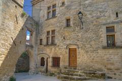 Viens. Vaucluse. (Cri.84) Tags: vaucluse luberon provence ancient pierre hdr 3xp photomatix village maison hdrenfrancais milvus2128ze sonya7ll metabones hdrpro