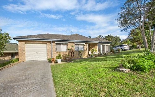 1/2 Caley Place, Sunshine Bay NSW