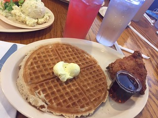 BSAM LA 2017 way out of LA Roscoe's chicken and waffles