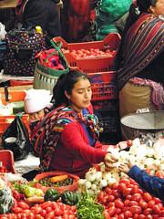 Market day (Alveart) Tags: guatemala centroamerica centralamerica latinoamerica latinamerica alveart luisalveart quiche elquiche chichichichicastenango ladino colorful mercado marketguatemala