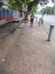 DSCN4193 (Santhosh ITDP) Tags: 2015 india chennai thiruvanmiyur west avenue bad after obstruction surface damage rework