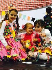 1408 (adriana.comelli) Tags: festa junina coletinhos gravatas vestidos trajes menino menina cabelo junino bandeirinhas fogueira roupas adulto jardineira cachecol