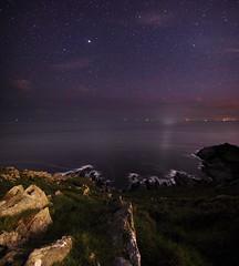Noss Mayo Stars (Richard D Porter) Tags: canon 550d tripod seascape stars nightsky coast devon uk england nossmayo astrolandscape astro cliffs tokina1116f28
