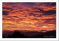 Nubes de fuego (Lourdes S.C.) Tags: nwn nubes cielo amanecer provinciadejaén contraluz