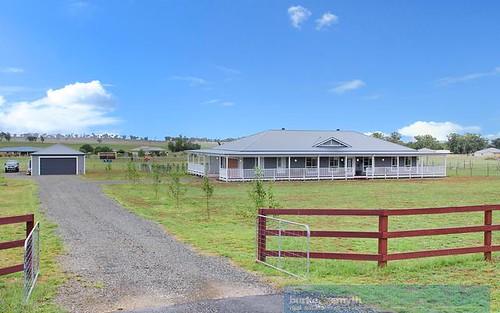 6 Horseshoe Place, Tamworth NSW