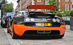 Bugatti Veyron Super Sport L'edition Speciale (Jack de Gier) Tags: bugatti veyron london uk mountstreet mayfair supercar hypercar sportscar worldcar rare limited exotic horsepower speed connaught supersport speciale bug11 bugll carbon