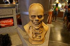 "Universal Studios, Florida: Phantom Bust • <a style=""font-size:0.8em;"" href=""http://www.flickr.com/photos/28558260@N04/34356904280/"" target=""_blank"">View on Flickr</a>"