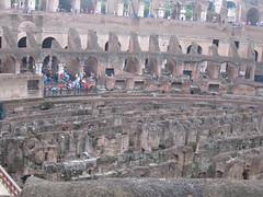 Roma (Italia) (alejandrorodriguez23) Tags: turismo tourism silicea ciudad geografíaurbana urbano urbanismo coliseo anfiteatro patrimoniodelahumanidad lasnuevassietemaravillasdelmundomoderno ruinas arquitecturacivil vestigiosromanos patrimonio conjuntohistórico roma imperioromano romanempire