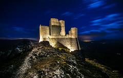 _DSC6080 (-gab-645) Tags: mountain tower sky montagna castle castello calascio abbruzzo landscape paesaggi notte notturno roccia stelle luce nikon d7100 sigma 10 20 italia nuvole