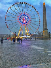 Paris France  ~   Roue de Paris  ~ Ferris Wheel (Onasill ~ Bill Badzo) Tags: paris france roue de ferris wheel downtown onasill attractionsite tourist travel vacation place le concorde ronald bussink historic r60 champselysées night photo evening sunset