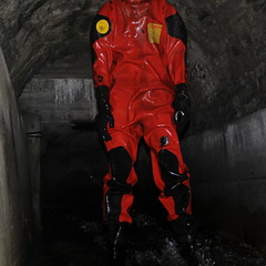 Viking-Kanal1629 (Kanalgummi) Tags: underground sewer exploration rubber drysuit trockenanzug gummianzug worker égoutier kanalarbeiter diver taucher