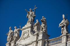 Basilica di San Giovanni (Glenn Pye) Tags: basilicadisangiovanni churches church statue architecture rome roma romancatholic italy europe nikon nikond7200 d7200