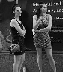 Downtown Chicago - 15 Jun 2017 - 80D - 138 (Andre's Street Photography) Tags: chicago15jun201780d chicago loop downtown innercity people city urban urbanlife streetlife street straat straatfotografie straatportret streetportrait streetphotography strasse strada lacalle larue fotografiadistrada photobyandrevanvegten chicagostreets chicagostreetphotographer dutchstreetphotographer tributetoedvanderelsken robetfranksworld vivianmaiersstyle dedicatedtodianearbus chicaoist chicagoistphotos chicagomagazine chicagotribune chicagojournal chicagoreader girls young women faces canon eos 80d dslr digitalbw digitalphotography canonslr efprime primelens ef28mmf28isusm 28mmprime zwartwit schwarzweiss noiretblanc blancoynegro bw bwphotography blackandwhite candid broads
