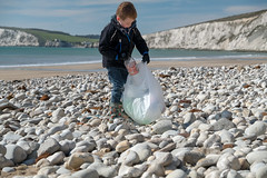 Isle of Wight Beach Clean at Compton Bay - DSCF2167 (s0ulsurfing) Tags: s0ulsurfing 2017 march isle wight beachclean pollution coast compton beach rubbish