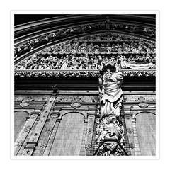 a walk through Freiburg / Breisgau I (Splitti68) Tags: deutschland germany europa europe badenwürtenberg freiburg freiburgermünster eingang eingangsportral kirche münster schwarzweis blackwhite quadrat square rahmen architektur architecture archtectur splitti splitti68 splittstöser splittstoesser romanisch gotik kathedrale blackandwhite