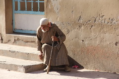 Old man sitting (Gregou Trip) Tags: taroudant maroc marocco medina