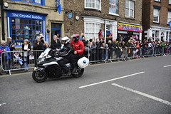 Tour De Yorkshire Stage 2 (596) (rs1979) Tags: tourdeyorkshire yorkshire cyclerace cycling motorbikes motorbike tourdeyorkshire2017 tourdeyorkshire2017stage2 stage2 knaresborough harrogate nidderdale niddgorge northyorkshire highstreet