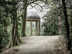 Temple Of Fame (tubblesnap) Tags: fountains abbey national trust studley royal temple fame