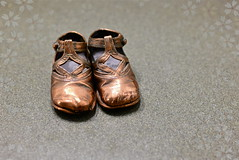 baby steps (B. jeweled) Tags: hss sliderssunday happymothersday bronzebabyshoes imissmymom♥︎ bjeweled ♥