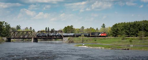 CN589 - Crossing River at Galetta