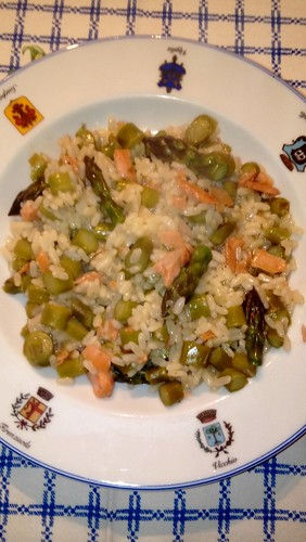 "Risotto con Asparagi e Salmone affumicato 5 • <a style=""font-size:0.8em;"" href=""http://www.flickr.com/photos/150016852@N04/34142515580/"" target=""_blank"">View on Flickr</a>"