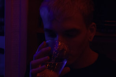 Petit homme. (thomasrombaut) Tags: bleu rouge lumière néon homme light red blue man