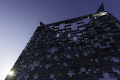 19th Week - Maximalism (Damien Walmsley) Tags: thecube maximalism light sun travel large building birmingham sky early sunrise