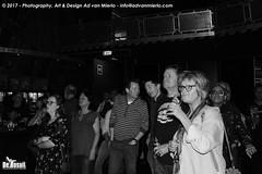 2017 Bosuil-Het publiek bij The Bluesbones en Dan Patlansky 12-ZW