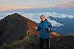 Gede (Vinchel) Tags: indonesia bali gunung agung volcano outdoor mountain trekking hiking landscape sony rx1m2 people hiker trail