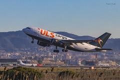 Aeroport.de.Barcelona_El.Prat (EugenioJB) Tags: aeroportdebarcelonaelprat avion puente reflejo deltadelllobregat amanecer cielo nuves barcelona aeropuerto