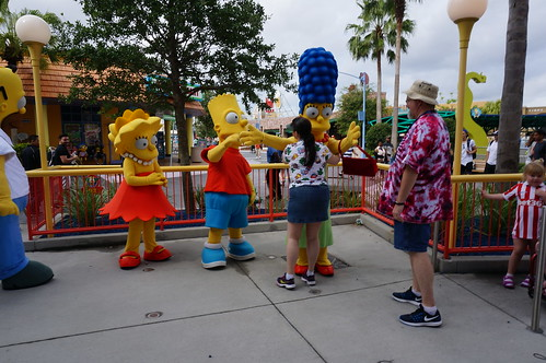 """Universal Studios, Florida: Tracey and Scott Meet the Simpsons • <a style=""""font-size:0.8em;"""" href=""""http://www.flickr.com/photos/28558260@N04/34356871240/"""" target=""""_blank"""">View on Flickr</a>"""