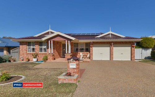 21 Overlanders Way, Tamworth NSW