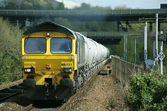 Another Day ..Another Diversion.. (marcus.45111) Tags: 66531 freightliner gm moderntraction meadowhallinterchange cement freight train railway canonrailwayphotography canoncameras canon5dmk11 canondslr ukrailways 2017