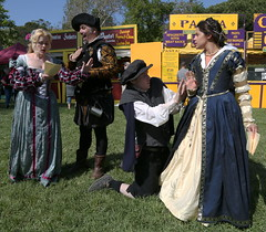 Shakespeare's A Midsummer Night's Dream with Demetrius, Helena, Lysander, and Hermia (beppesabatini) Tags: carnevalefantastico2017 carnevalefantastico bluerockspringspark vallejo california renaissancefairs italianrenaissance avalonthemedevents historicalrecreation wwwcarnevalefantasticocom