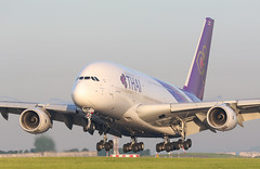 Airbus A380-800 Thai Airways (Moments de Capture) Tags: airbus a380800 380 thaiairways hstuf plane avion aeroport airport spotting lfpg cdg roissy charlesdegaulle onclejohn canon 5d mark3 5d3 mk3 momentsdecapture