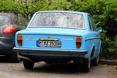 Volvo 142 de Luxe Automatic (Dirk A.) Tags: mmz2510h volvo 142 de luxe automatic