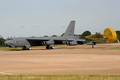 60-0011 (IanOlder) Tags: boeing b52 b52h stratofortress buff 600011 barksdale bomber military usaf jet aircraft dragchute 11thbs 2ndbw