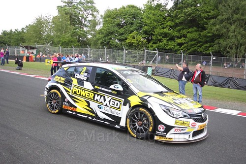 Tom Chilton heads on to the BTCC grid at Oulton Park, May 2017