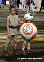 DSC_5490 (slamto) Tags: swco starwars celebration orlando cosplay rey bb8 droid
